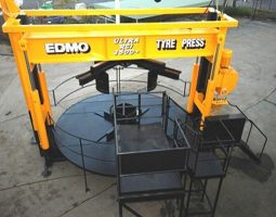 3500 Ultra Class Tyre Press